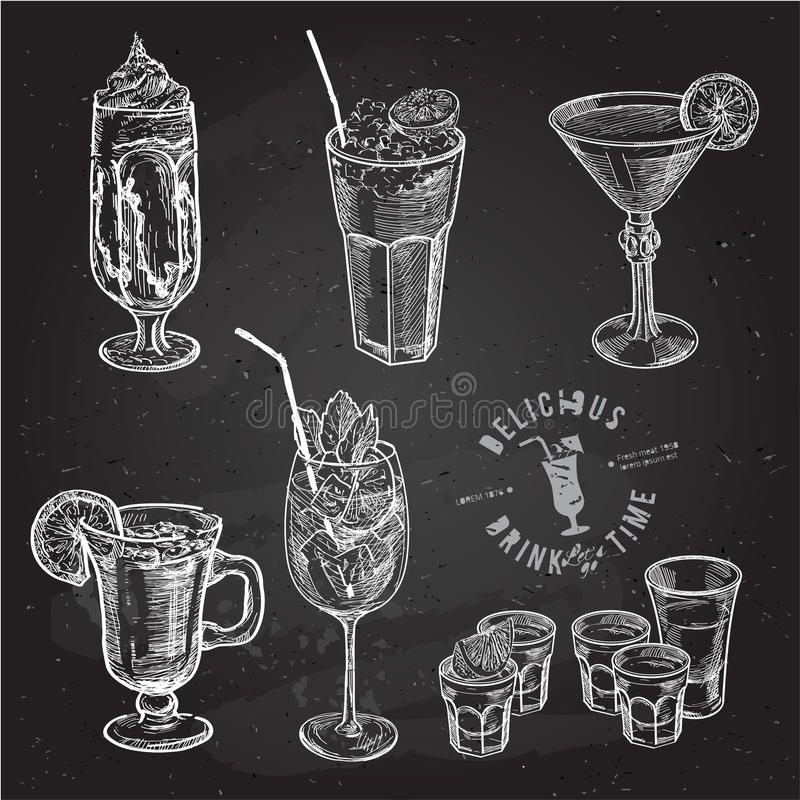 Ensemble tiré par la main de croquis de cocktails alcooliques Illustration de vecteur illustration stock