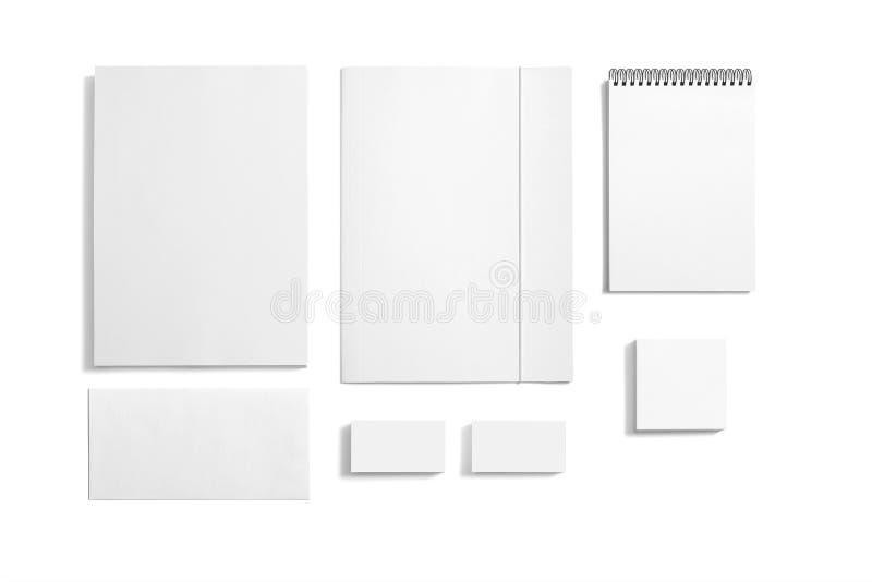 Ensemble vide de papeterie d'isolement sur le blanc image stock