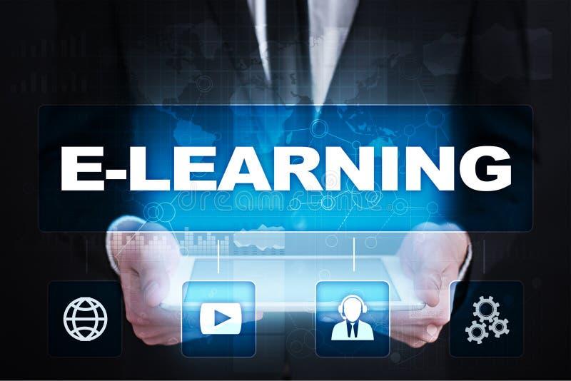 Ensino eletrónico Conceito da instrução do Internet imagem de stock