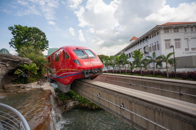 Enskenig järnvägdrevet Sentosa uttrycker i Singapore royaltyfria bilder