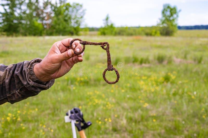 Entdeckungen eines Arch?ologen gefunden und vom Boden entfernt stockbild