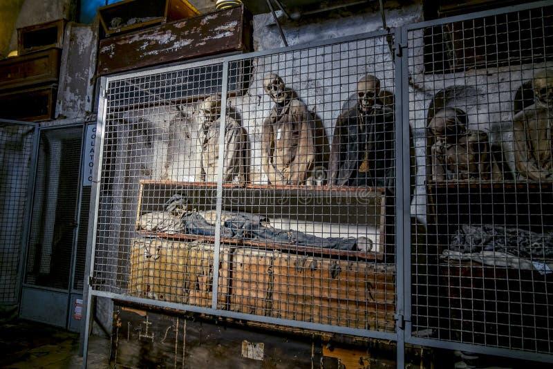 Enterrement dans les catacombes des capucins à Palerme sicily image stock