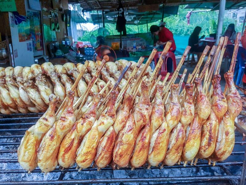 entier rôti par poulet Nourriture thaïe de rue photos stock
