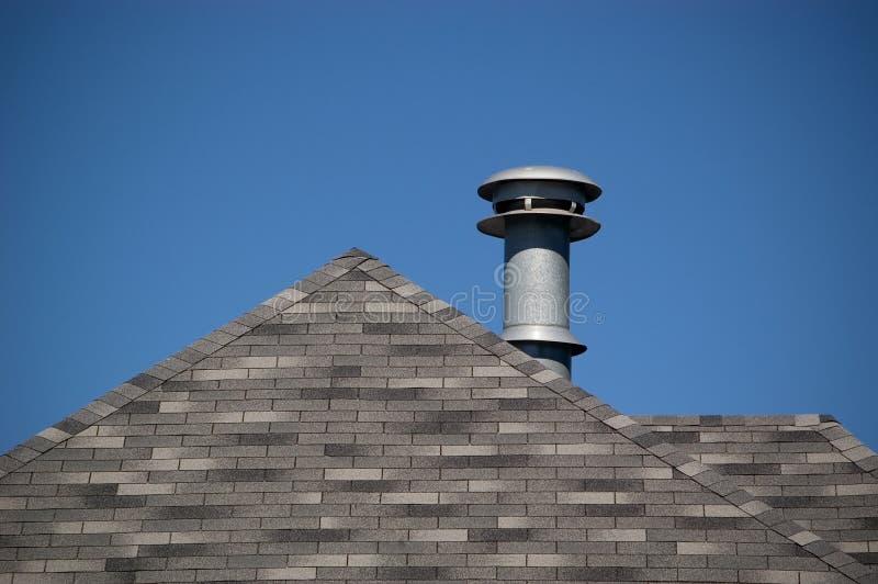 Download Entlüftungsöffnung Und Dach Stockbild - Bild von aufbau, rohr: 27739
