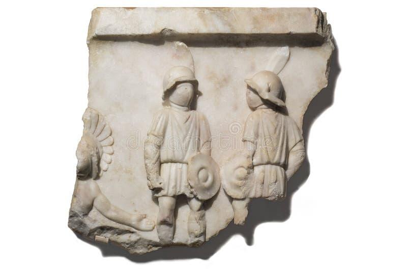 Entlastung, welche die Gladiatoren aufgeworfen für Kampf darstellt stockfotos