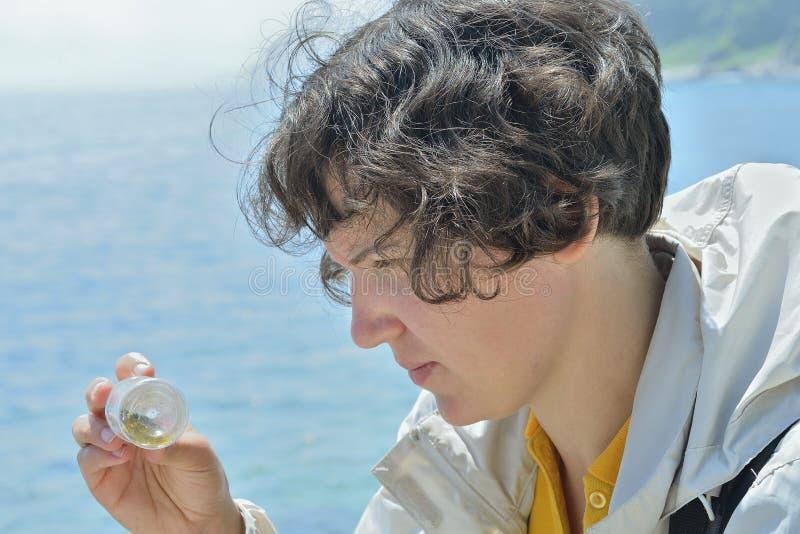 Entomologe 7 der jungen Frau stockfoto