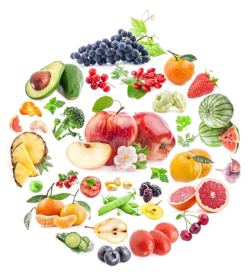 Entourez la forme de forme par de divers légumes et fruits images libres de droits