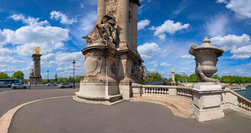 Entrée à Alexandre Bridge à Paris, panorama images libres de droits