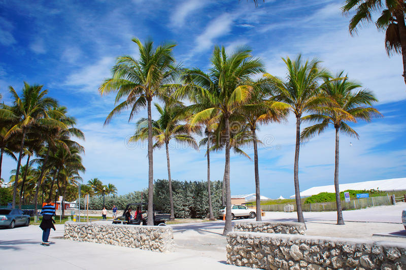 Entrée à la plage du sud de Miami, Etats-Unis photographie stock