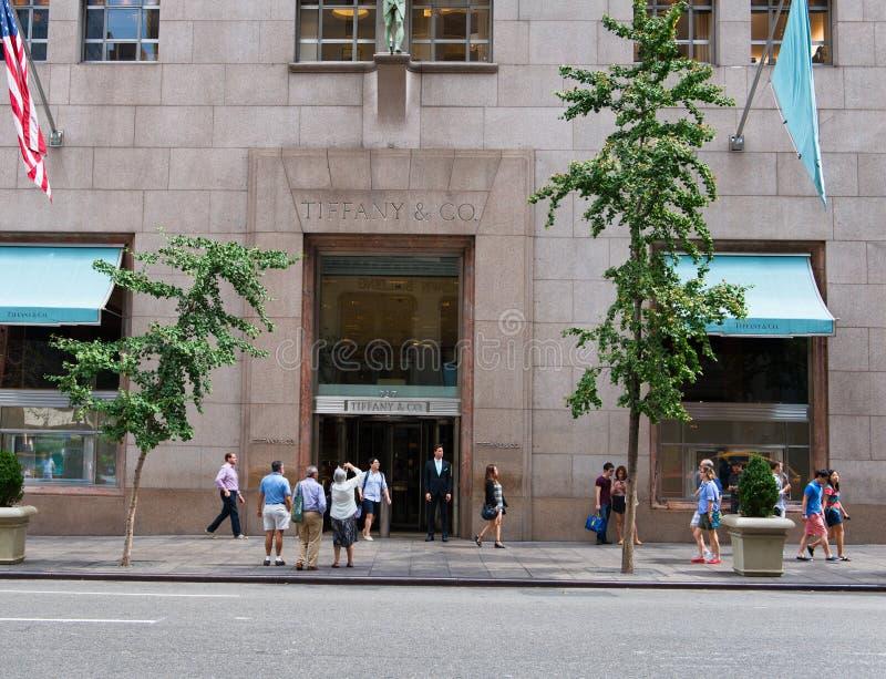 Entrée à Tiffany et à Co, New York image libre de droits