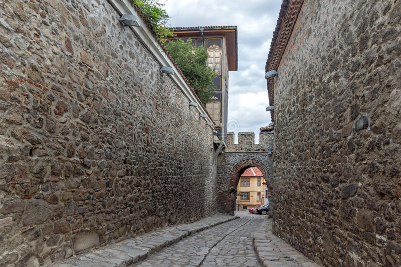 Entrée antique de forteresse de vieille ville de ville de Plovdiv image libre de droits