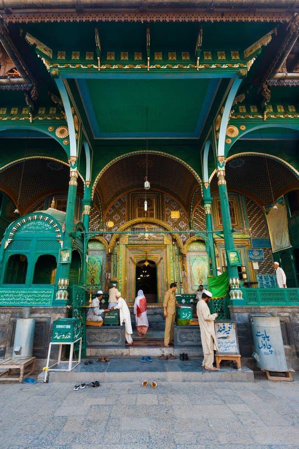 Entrée avant de mosquée de Srinagar Shah E Hamdan photo libre de droits