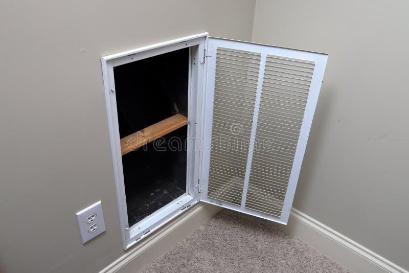 Entrée d'air de retour pour le climatiseur à la maison image libre de droits