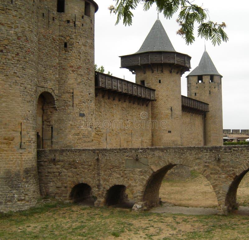 Entrée d'un château en France du sud image libre de droits