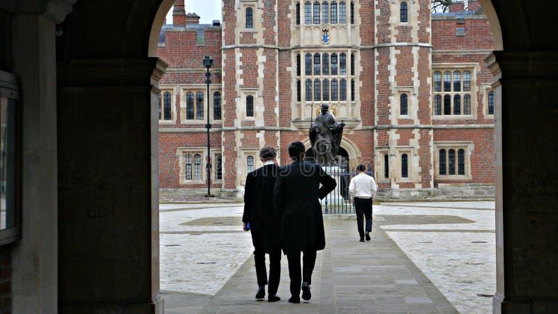 Entrée de cour d'université d'Eton dans Eton Berkshire images stock