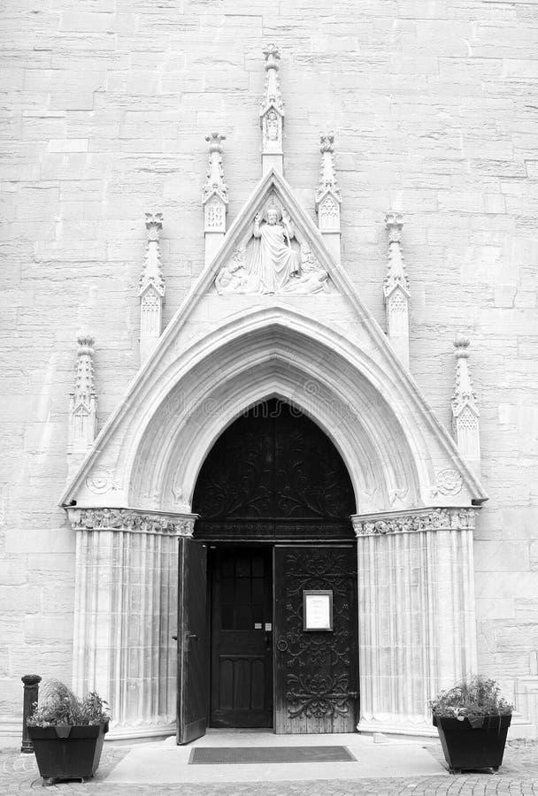 Entrée de la cathédrale de St Mary dans Visby sur l'île Gotland en Suède photo libre de droits