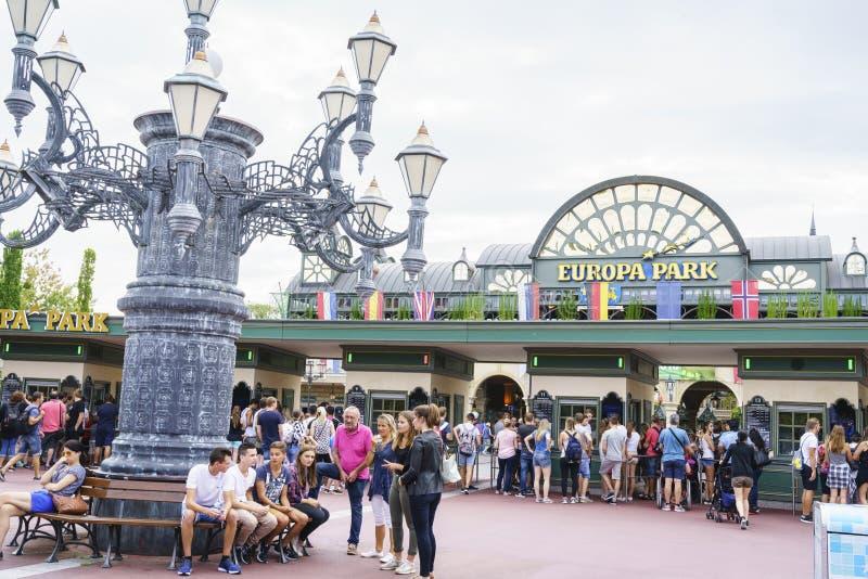 Download Entrée De Parc D'Europa Dans La Rouille, Allemagne Photographie éditorial - Image du coasters, extérieur: 77155492