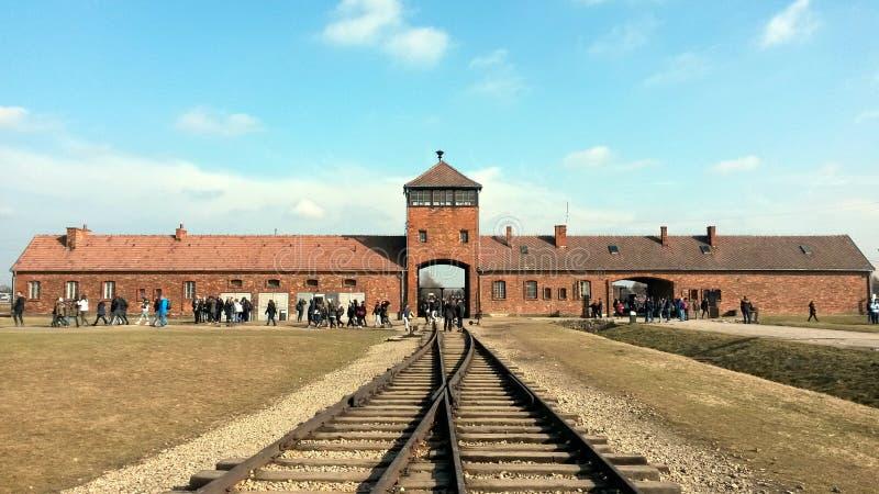 Entrée de rail d'Auschwitz photo stock