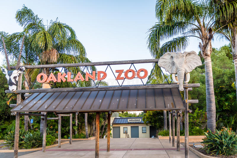 Entrée de zoo d'Oakland images libres de droits