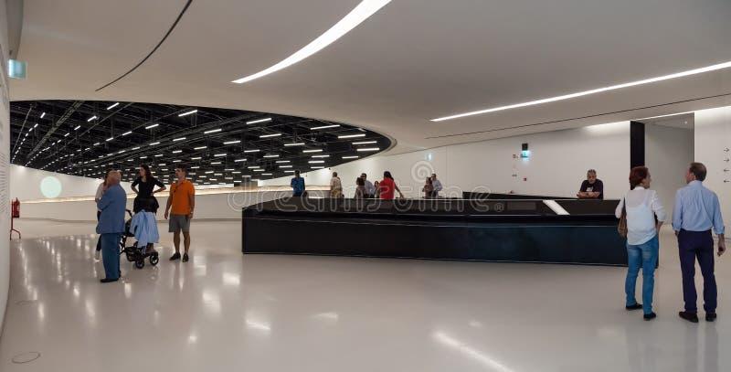 Entrée hall du MAAT - Musée d'Art, architecture et technologie photographie stock