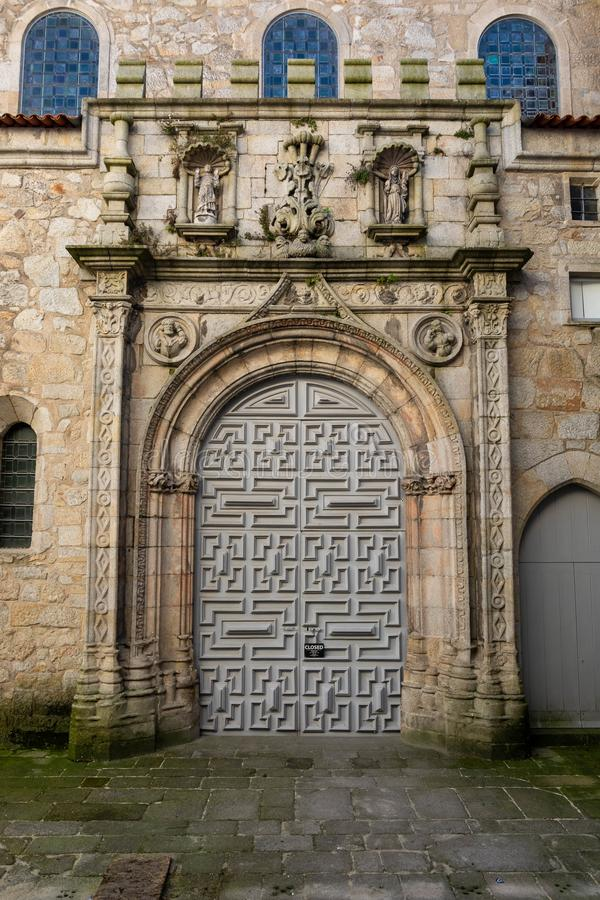 Entrée médiévale d'église de Santa Clara Le Portugal images libres de droits