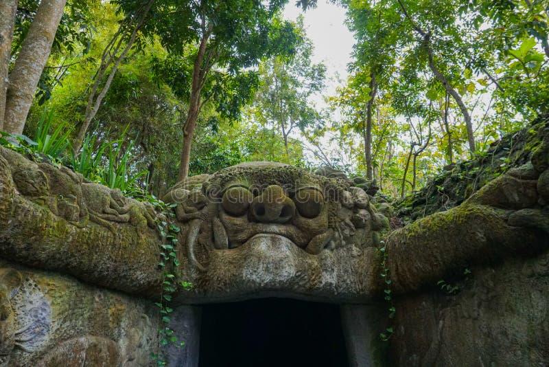 Entrée principale de forêt de singe, ubud Bali Indonésie photographie stock libre de droits