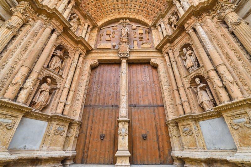Entrée principale et illustration de cathédrale image libre de droits