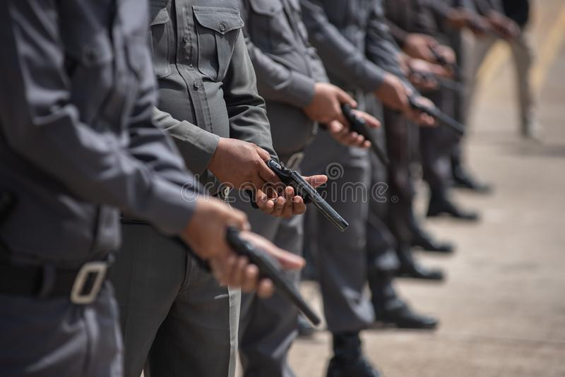 Entraînement au tir tactique de police photographie stock