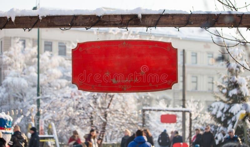 Entra vazio do placeholder do modelo de madeira vermelho do sinal do Natal do feriado fotografia de stock