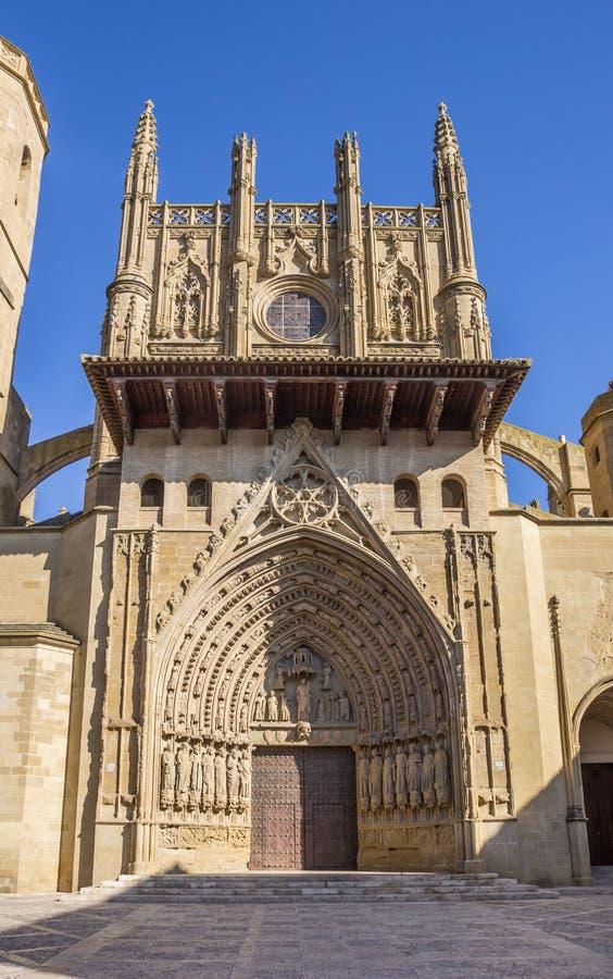 Entrada à catedral em Huesca fotografia de stock