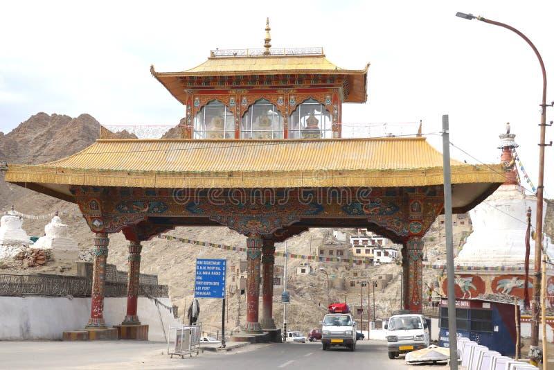 A entrada à cidade de Leh fotografia de stock