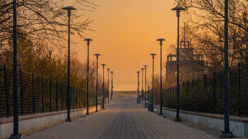 Entrada à praia de Stogi, Gdansk, Polônia imagem de stock