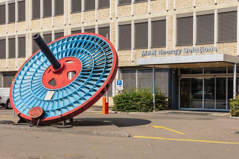 Entrada às soluções da energia do HOMEM que constroem em Zurique, Switzer imagens de stock royalty free
