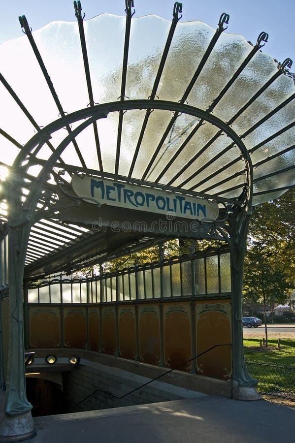 Entrada 1900 do metro de Paris foto de stock royalty free