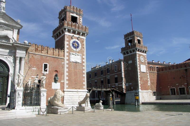 Entrada al Arsenale Venecia fotos de archivo
