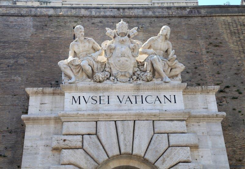 Entrada al museo del Vaticano en Roma, Italia foto de archivo libre de regalías