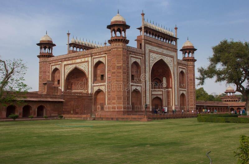 Entrada al Taj Mahal fotos de archivo
