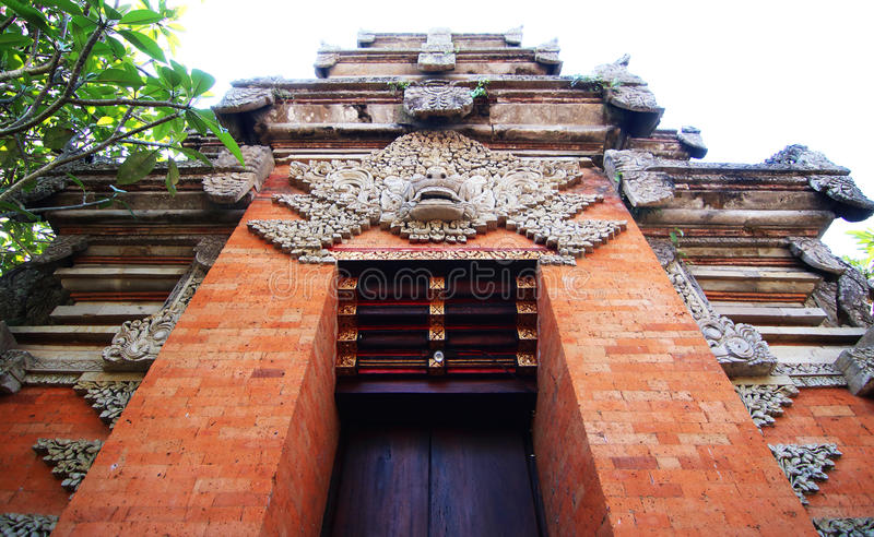 Entrada al templo hindú foto de archivo libre de regalías