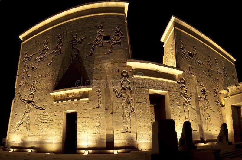 Entrada ao templo do Isis no console de Philae fotografia de stock royalty free