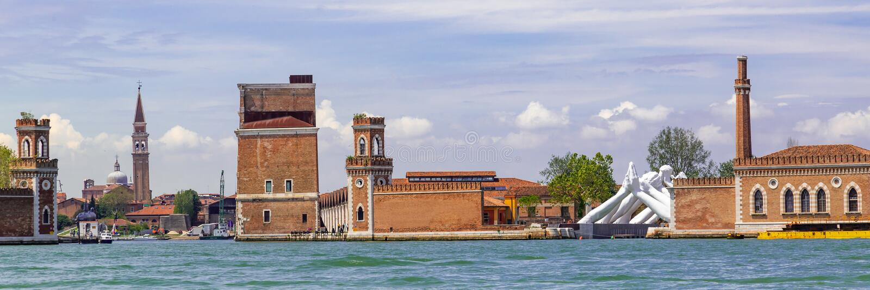 Entrada Arsenale en Venecia, Italia foto de archivo