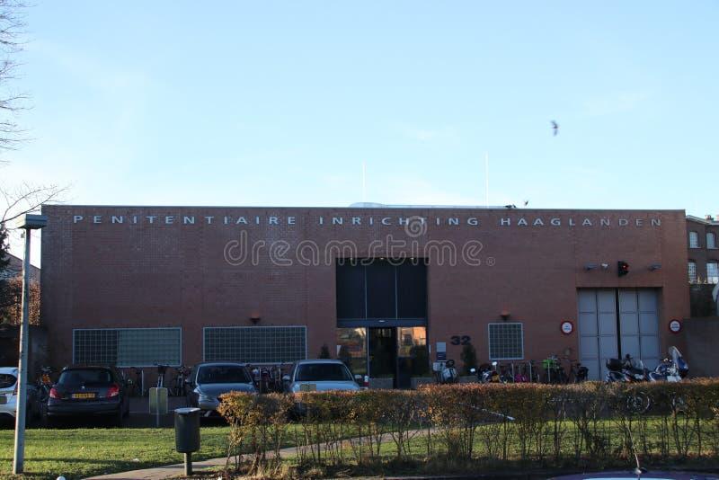 Entrada da cadeia de Scheveningen que é usado igualmente para frases de ICTY nos Países Baixos imagem de stock royalty free