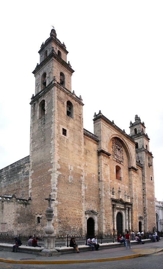 Entrada da catedral e fachada históricas Merida, México foto de stock