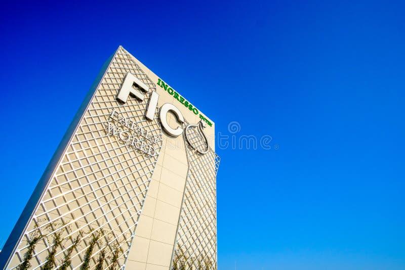 Entrada da despensa italiana do mundo de Fico Eataly na Bolonha Itália imagens de stock