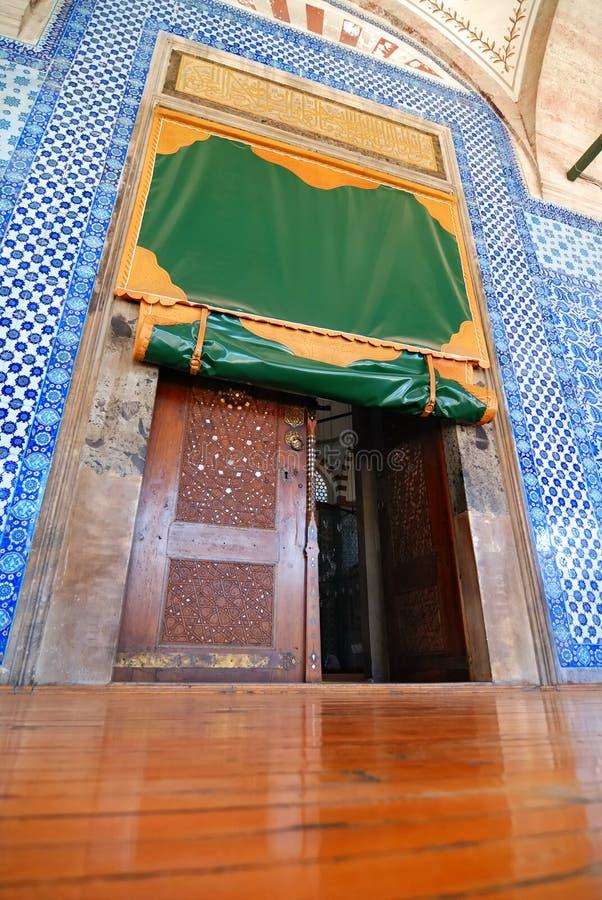 Entrada da mesquita imagem de stock