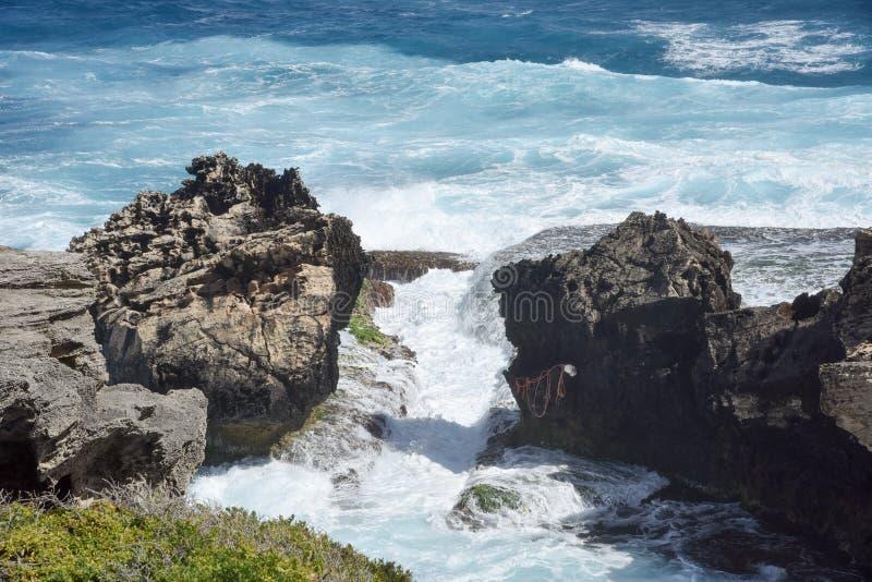 Entrada da pedra calcária imagem de stock