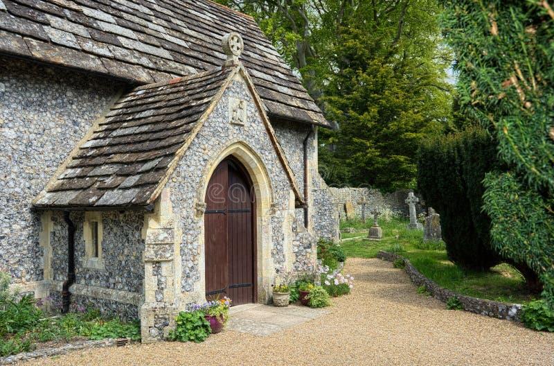 Entrada da porta da igreja St Peters Church, Beeding superior, Sussex ocidental, IK fotografia de stock royalty free