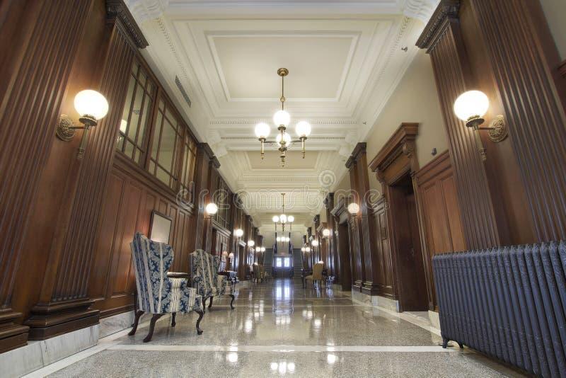 Entrada da sala do tribunal foto de stock royalty free