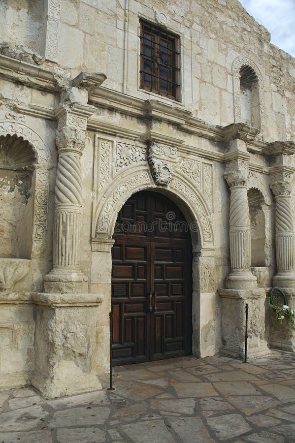 Entrada de la capilla de Álamo imagen de archivo libre de regalías