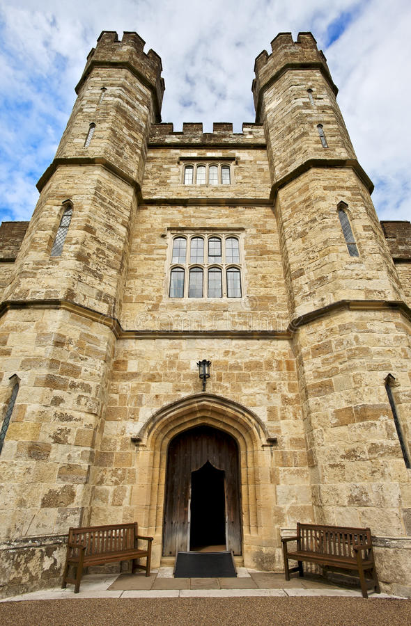 Entrada de Leeds Castle, Kent, Reino Unido fotografia de stock
