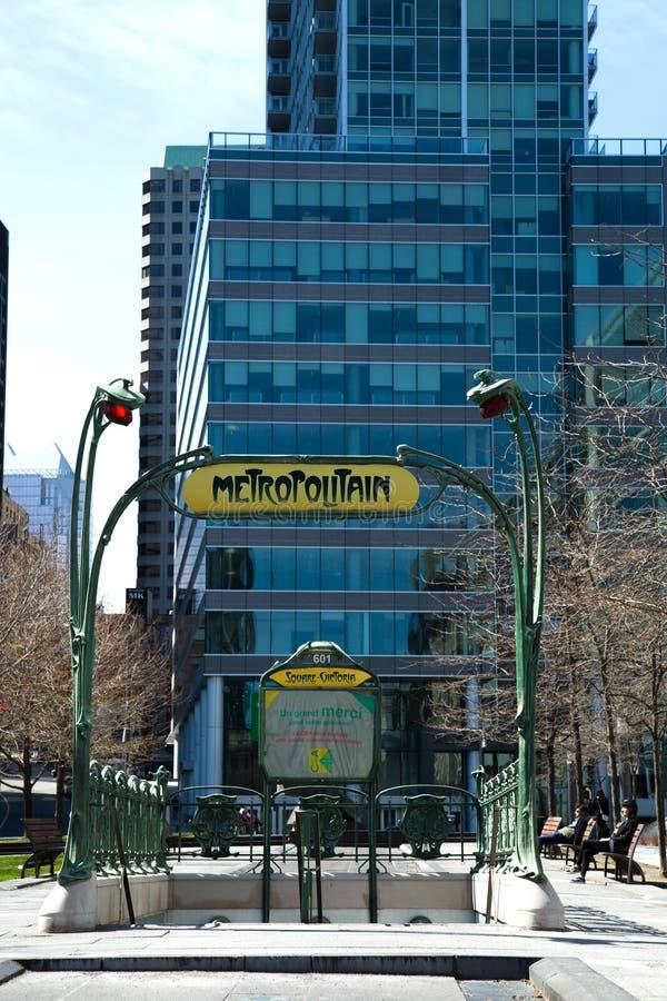 Entrada de Metropolitain Paris em Montreal em Canadá fotografia de stock